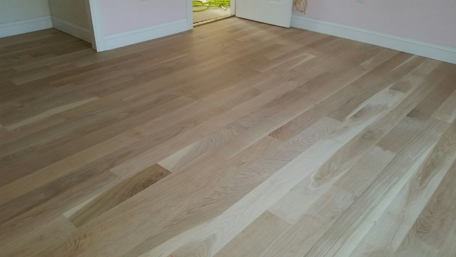 Red oak vs white hardwood the flooring
