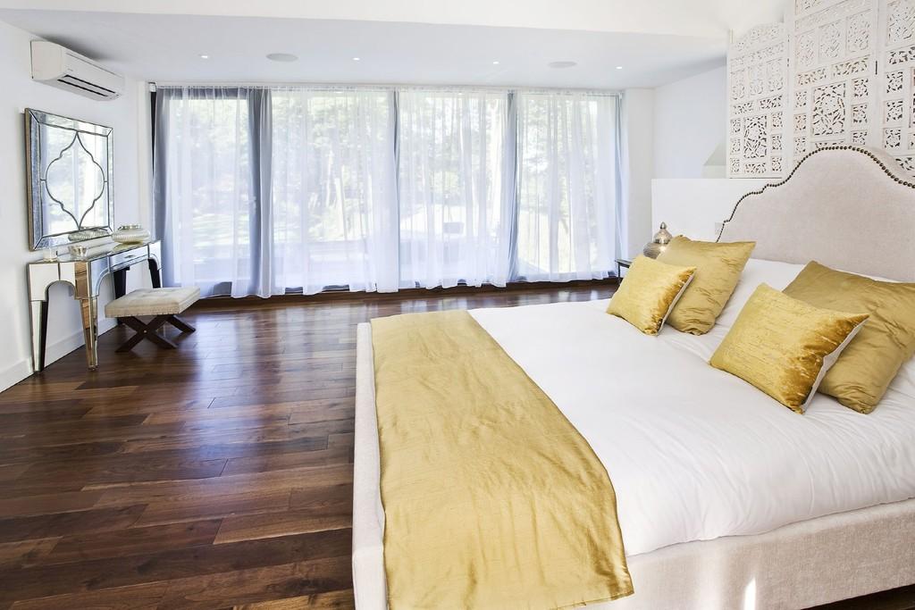 England Bedroom Dark Hardwood  Prefin Engineered