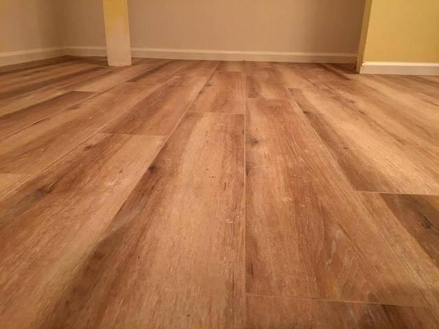 Antico Hickory Porcelain wood-look tile