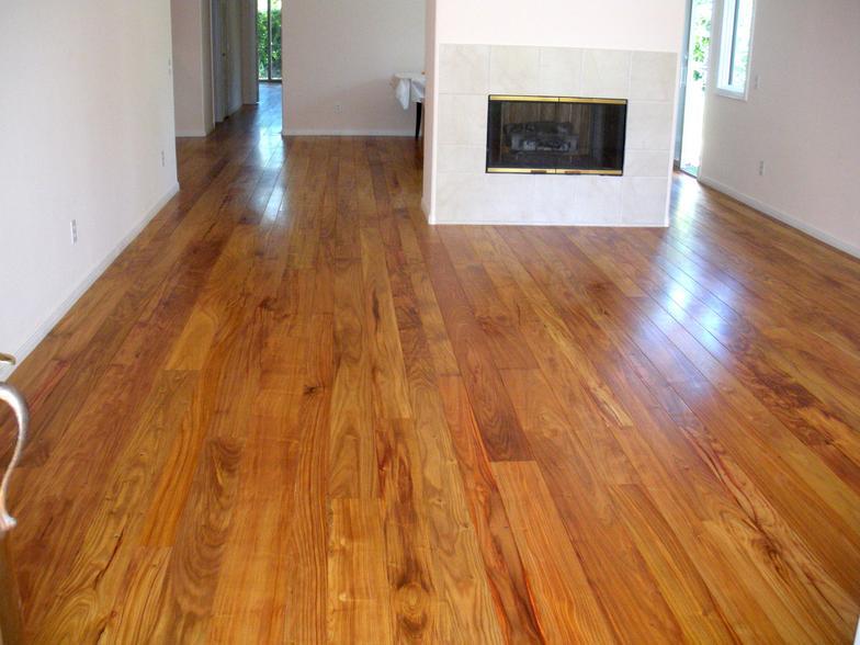 Canarywood Floor 4 - varying width